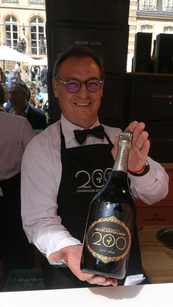 Champagne Billecart-Salmon 200 bottle