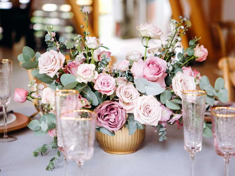 Flower table arrangement
